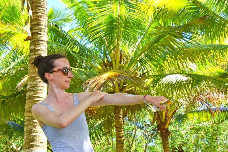 Sunscreen Laura Palm Tree Tourist 3 Mandatory Credit To NiuePocketGuide.com Small