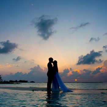 The Wedding & Honeymoon Guide to Tongatapu