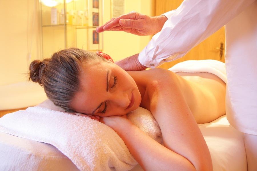 Wellness Massage Spa Pixabay Small 1