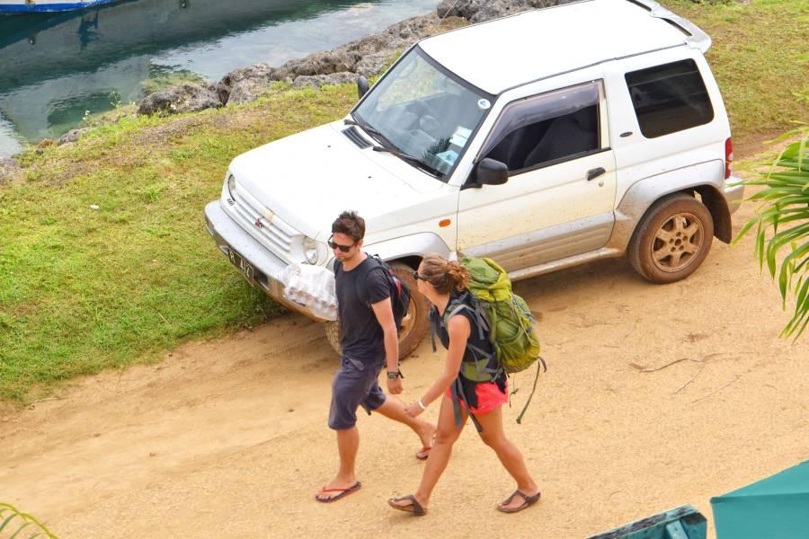 Hitchhiking in Tonga