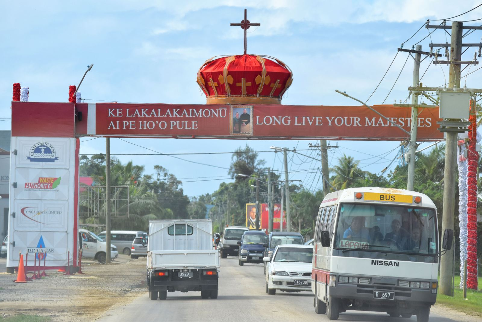 How Much Does it Cost to Travel Tonga by Bus?