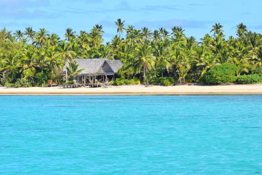 8 Best Resorts for SUP in Tonga