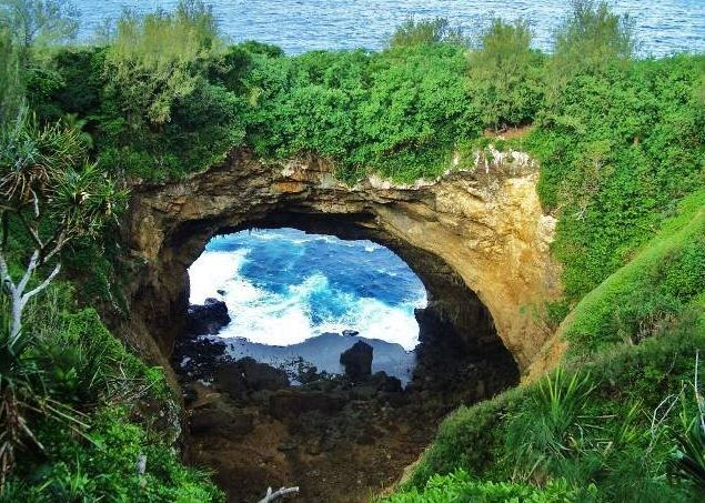 8 Amazing Natural Attractions in 'Eua