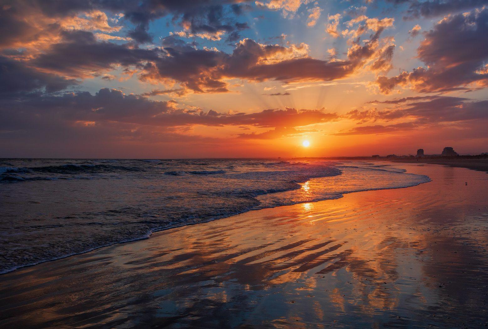 8 Most Beautiful Sunrise & Sunset Spots in Tonga