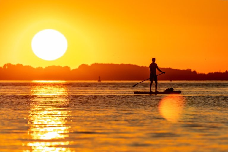 The Guide to Stand-Up Paddle Boarding in Tonga